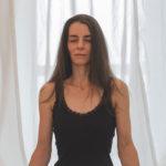 Alltags-Yoga-Wie-komme-ich-vom-Kopf-ins-Herz